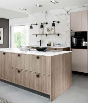 Rotpunkt kitchen in wood finish