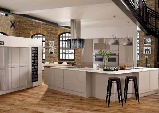 Infinita contour kitchen in handleless design, cobble grey