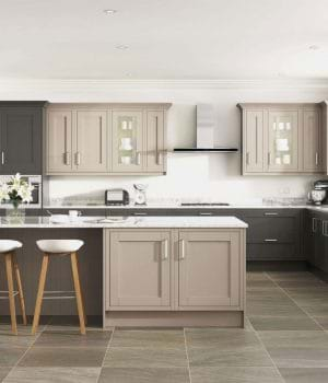 Casa new England Shaker kitchen
