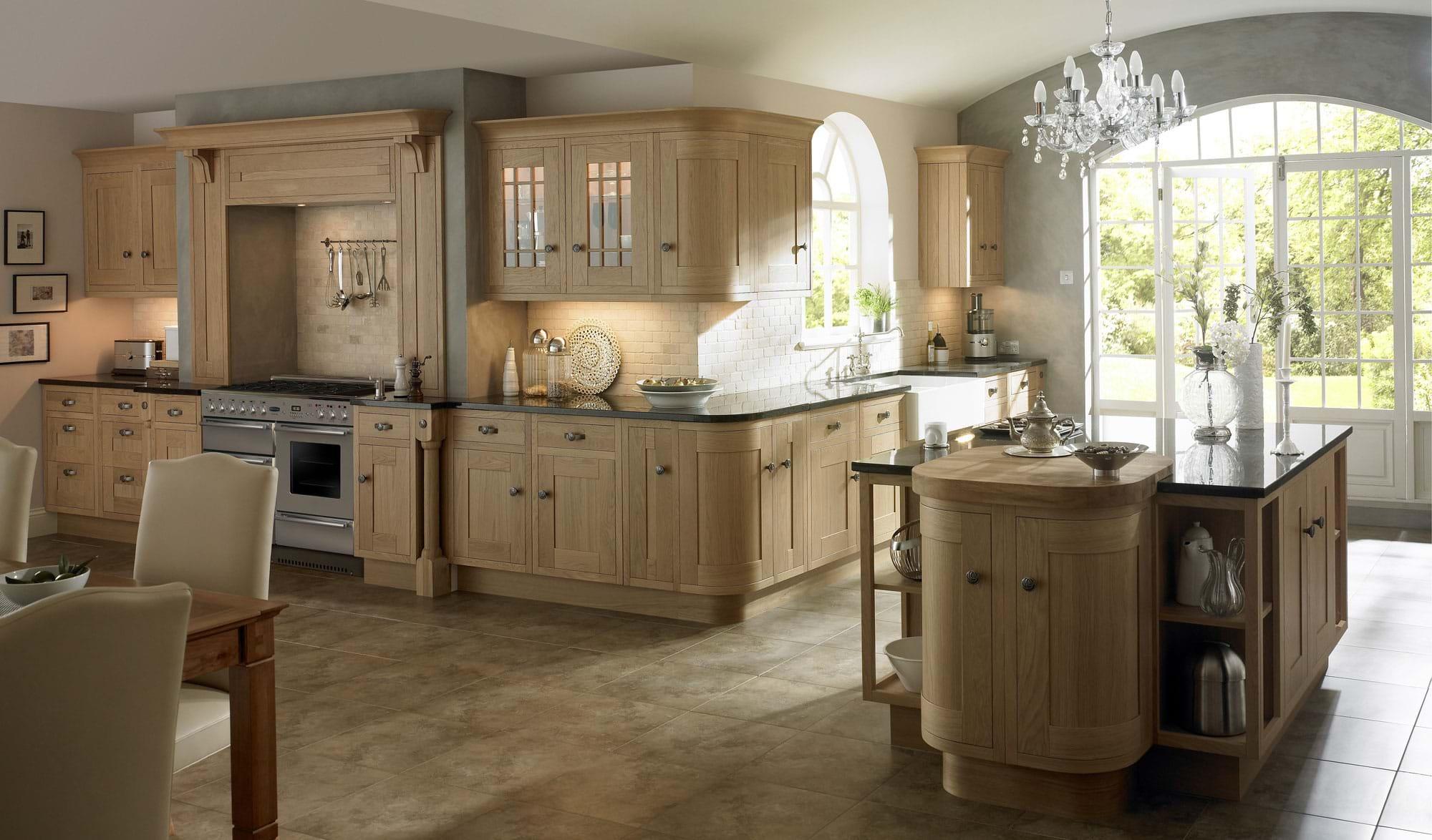 Advantages of a Traditional Kitchen | Kitchens | Leekes ...