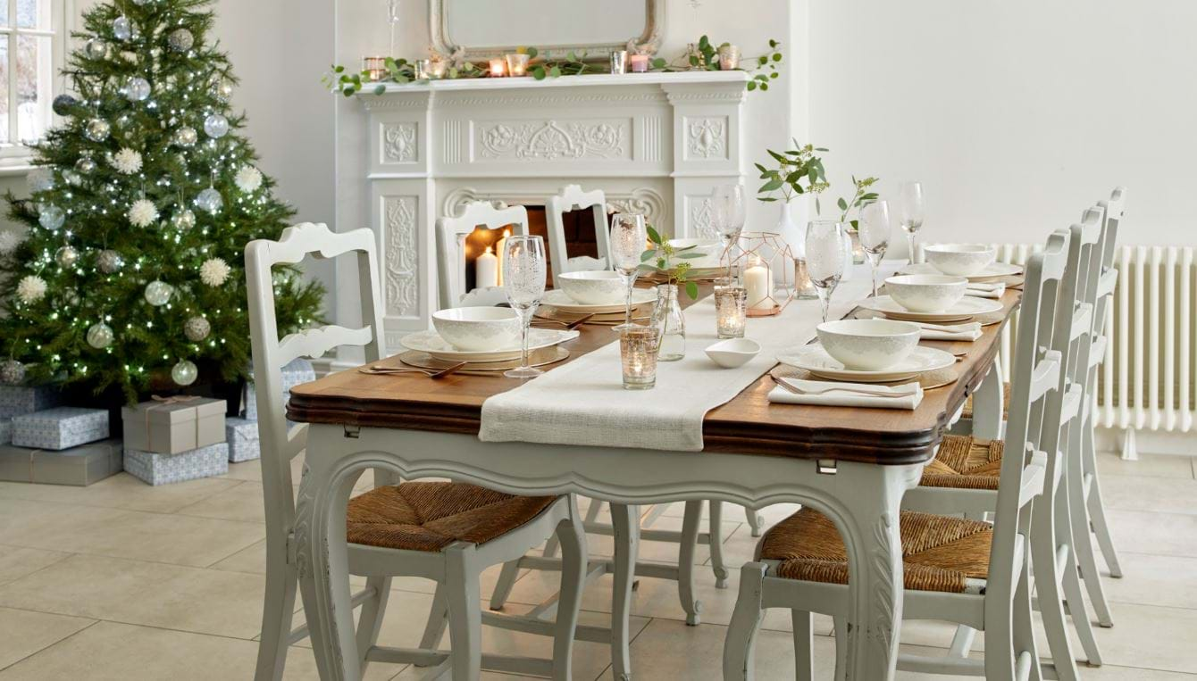 Dressing Your Table This Christmas
