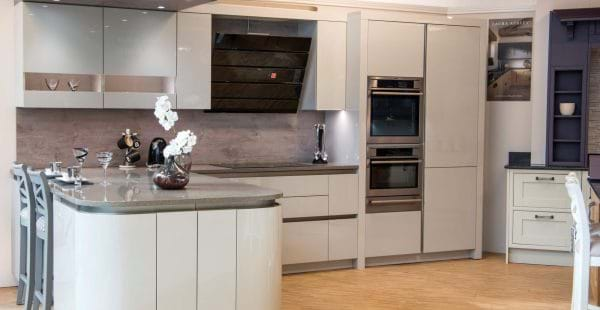 White gloss kitchen display in Leekes Llantrisant kitchen show room near Cardiff