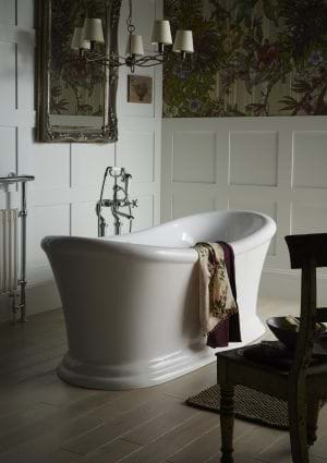 Main bathroom freestanding bathtubs