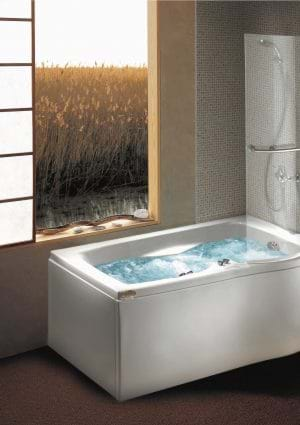 Whirlpool and spa baths