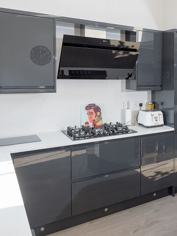 Sheraton Inline gloss kitchen in grey colour scheme with built in Neff appliances