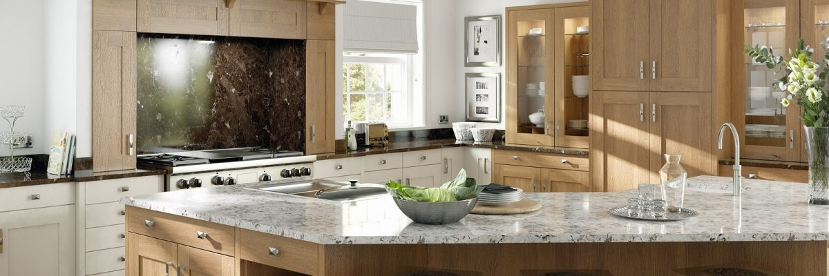 Traditional kitchen in wood effect with large island