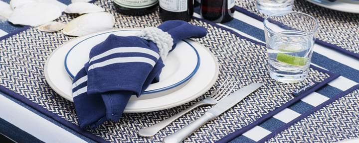 Tablecloths, Runners & Napkins