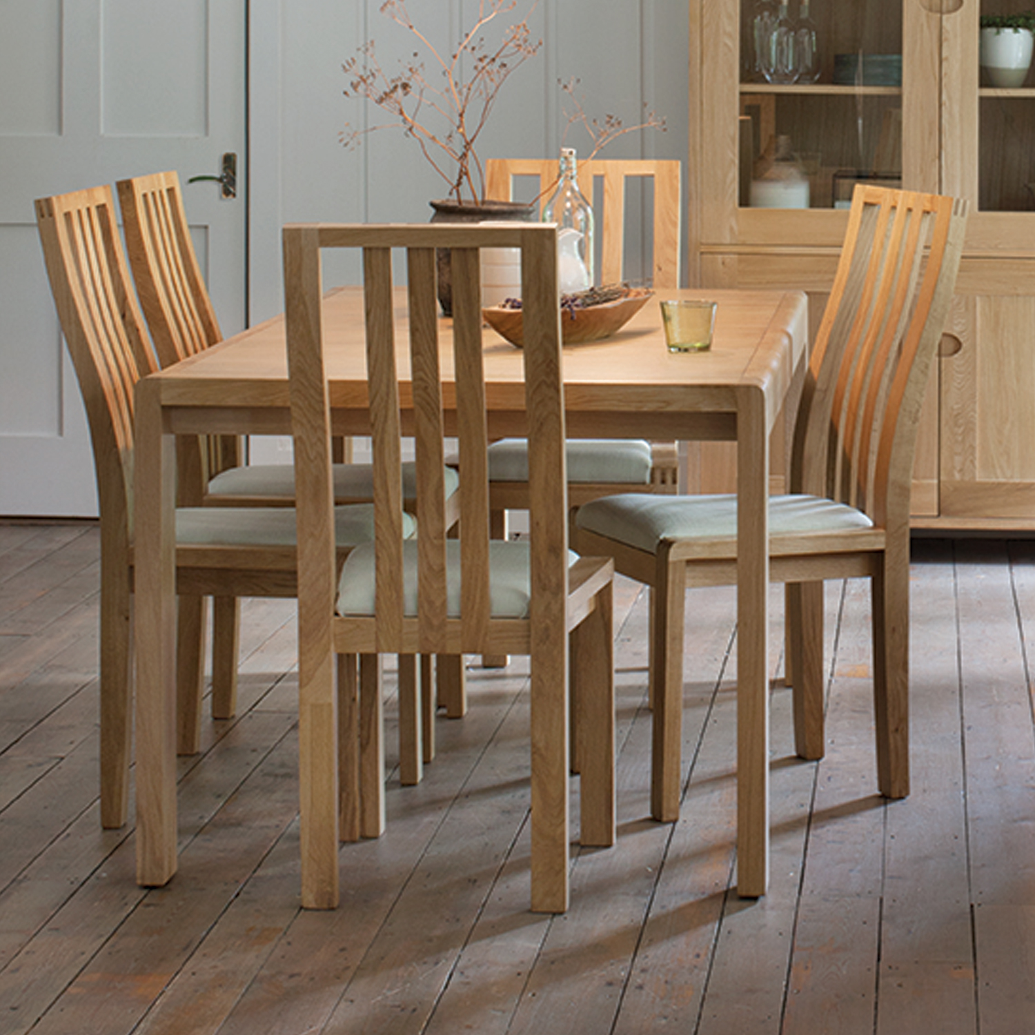 Image of Ercol Bosco Small Extending Table & 6 Chairs Dining Set