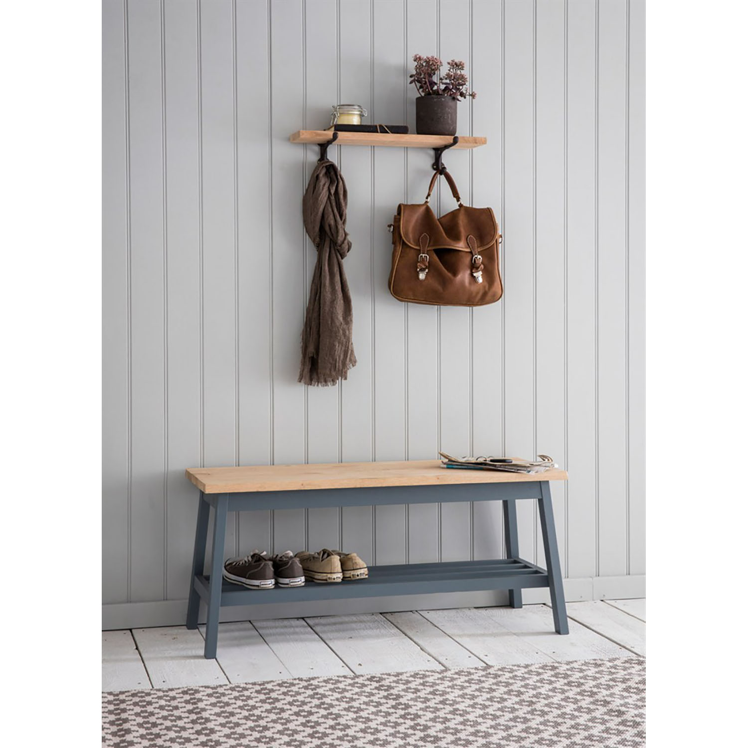 Image of Garden Trading Clockhouse Hallway Bench, Charcoal