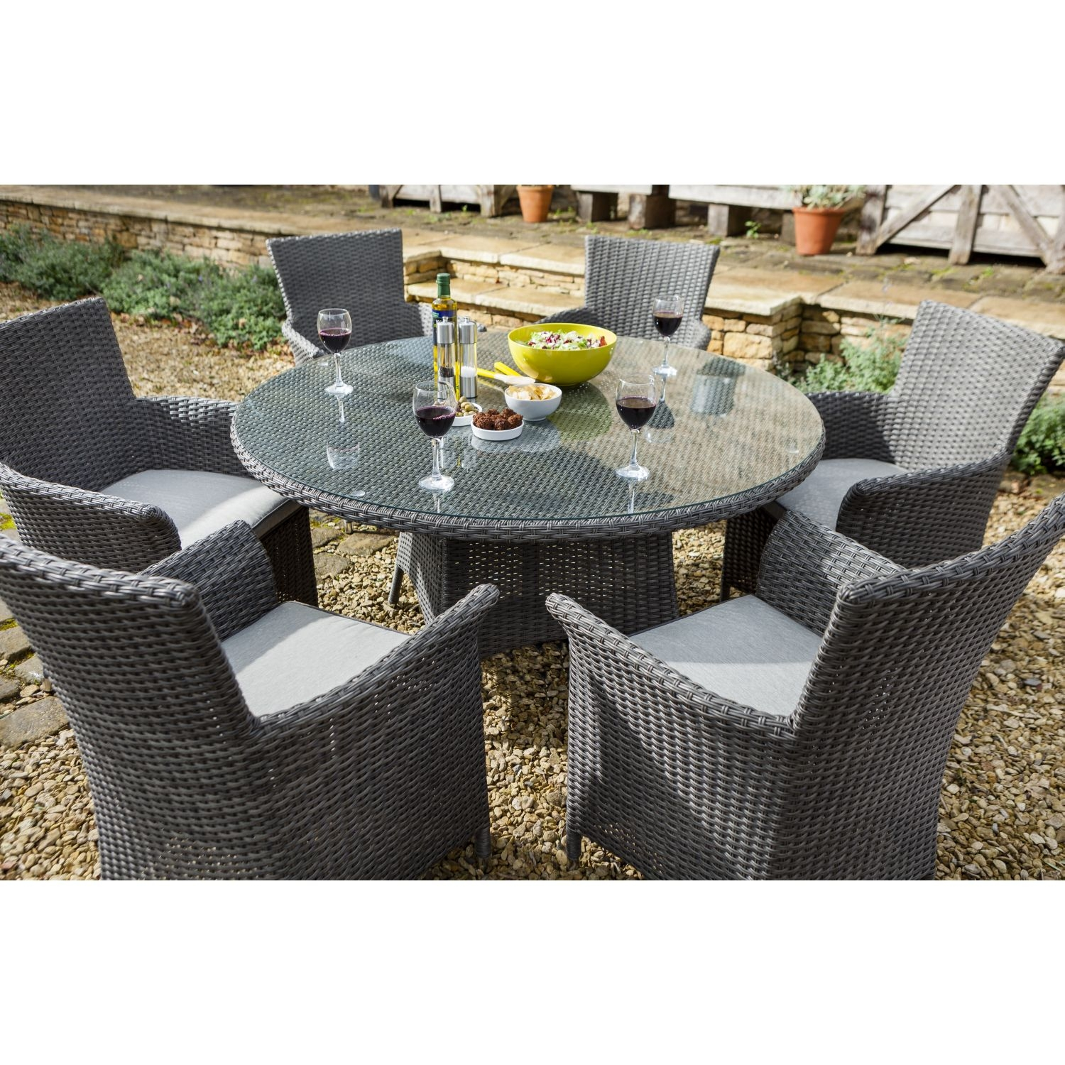 Outdoor Table And Chairs Commercial
