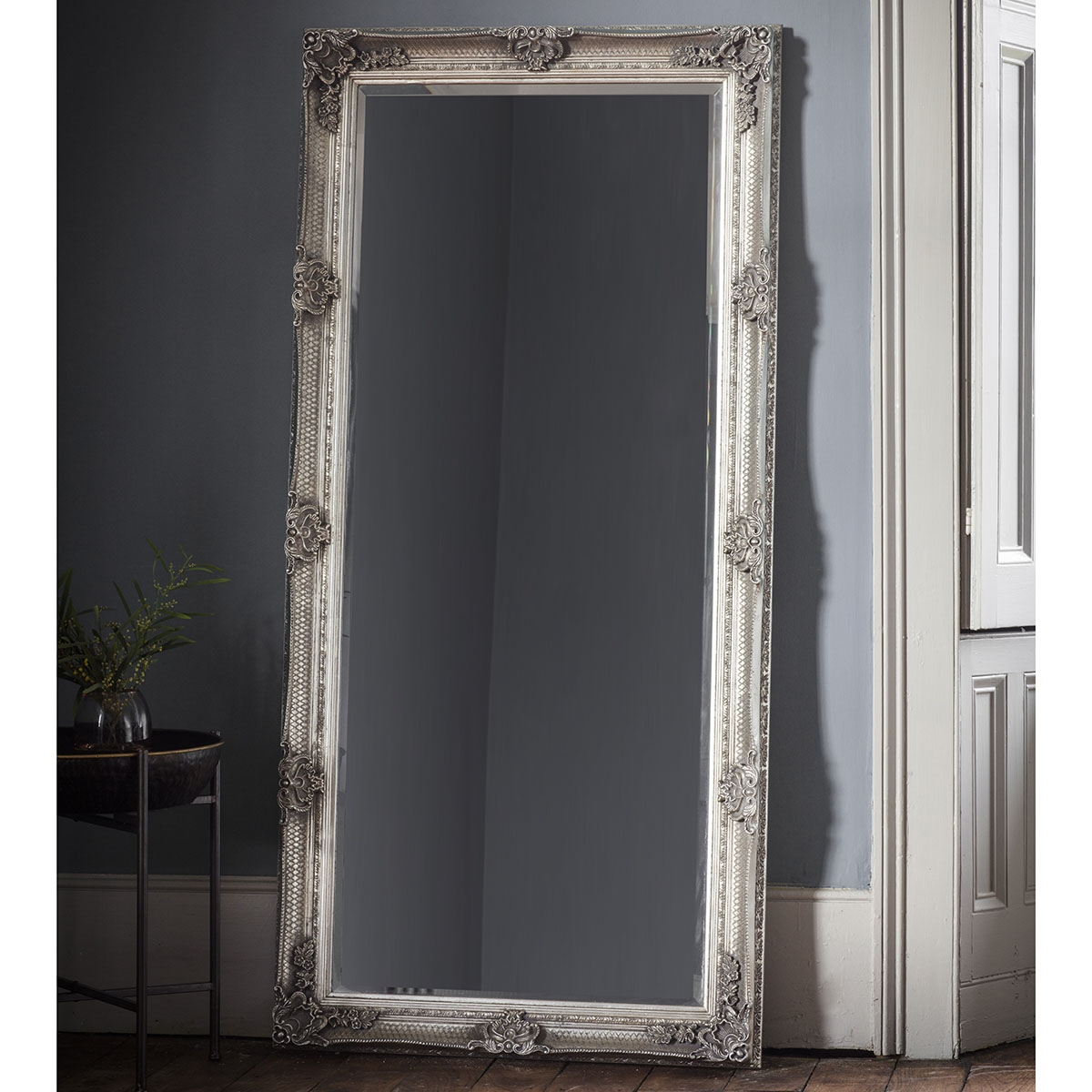 Image of Gallery Abbey Leaner Mirror, Silver