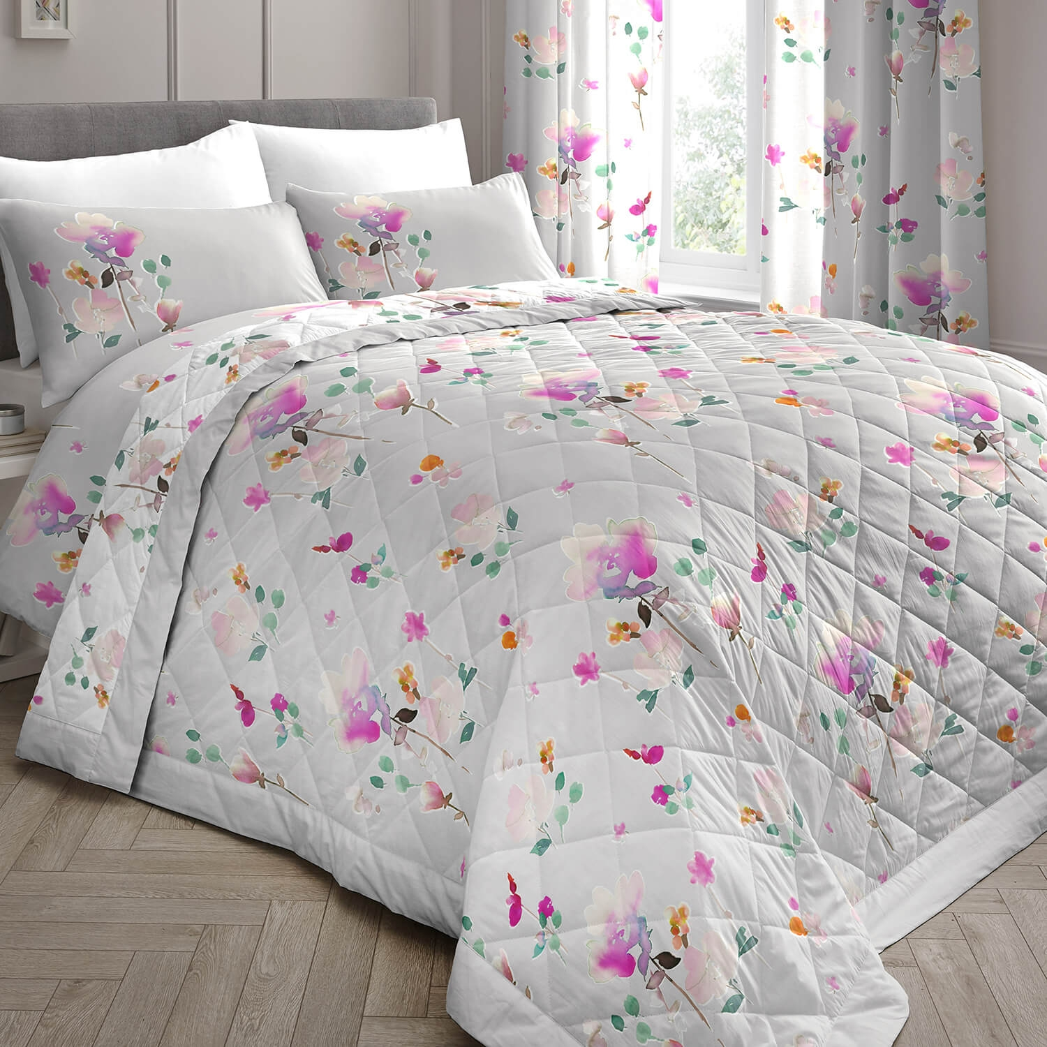 Image of Dreams & Drapes Jessica Quilted Bedspread, Pink