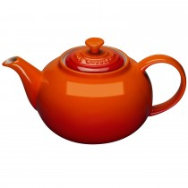 Le Creuset Breakfast Collection Classic Teapot Volcanic