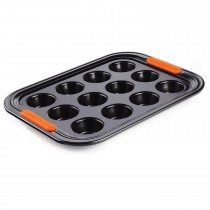 Le Creuset Bak 12 Cup Muffin Tray, Black