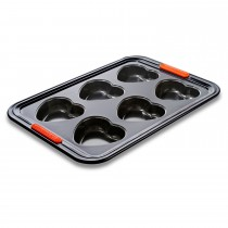 Le Creuset 6 Cup Heart Tray