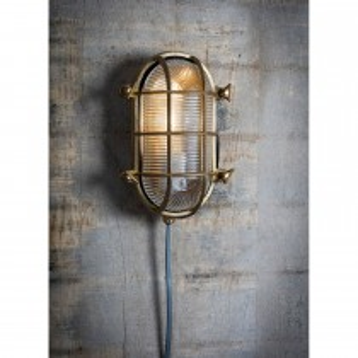 Garden Trading Devonport Bulk Head Light, Brass