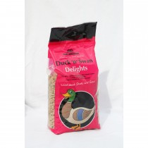 Tom Chambers Duck And Swan Delights 0.75kg