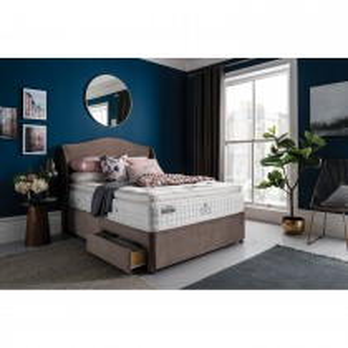 Rest Assured Claude 800 Divan Bed Set, Double