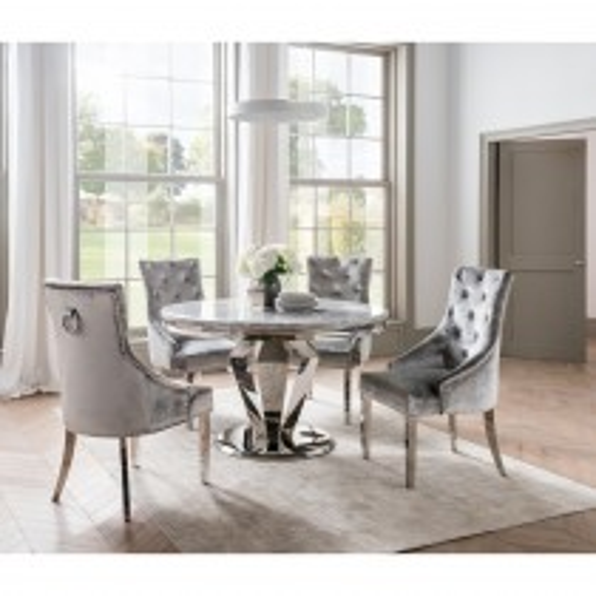 Casa Richmond Dining Tbl & 4 Chairs Set
