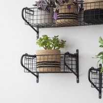 Garden Trading Hanging Basket, Small, Powder Coated Iron