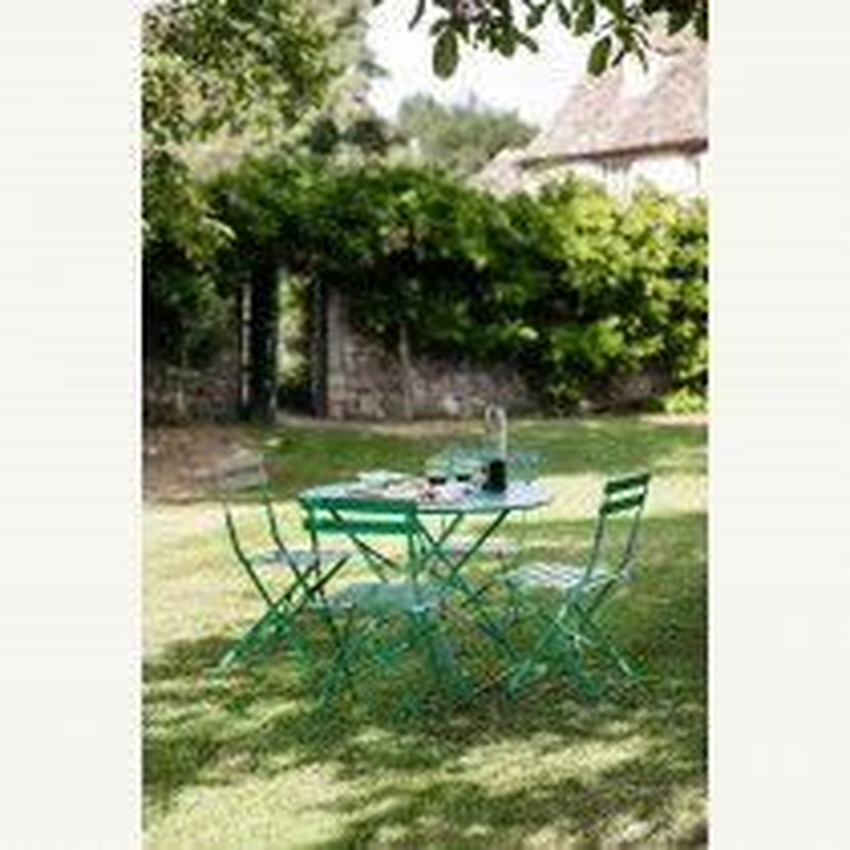Garden Trading Rive Droite Bistro Set, Large, Foilage Green