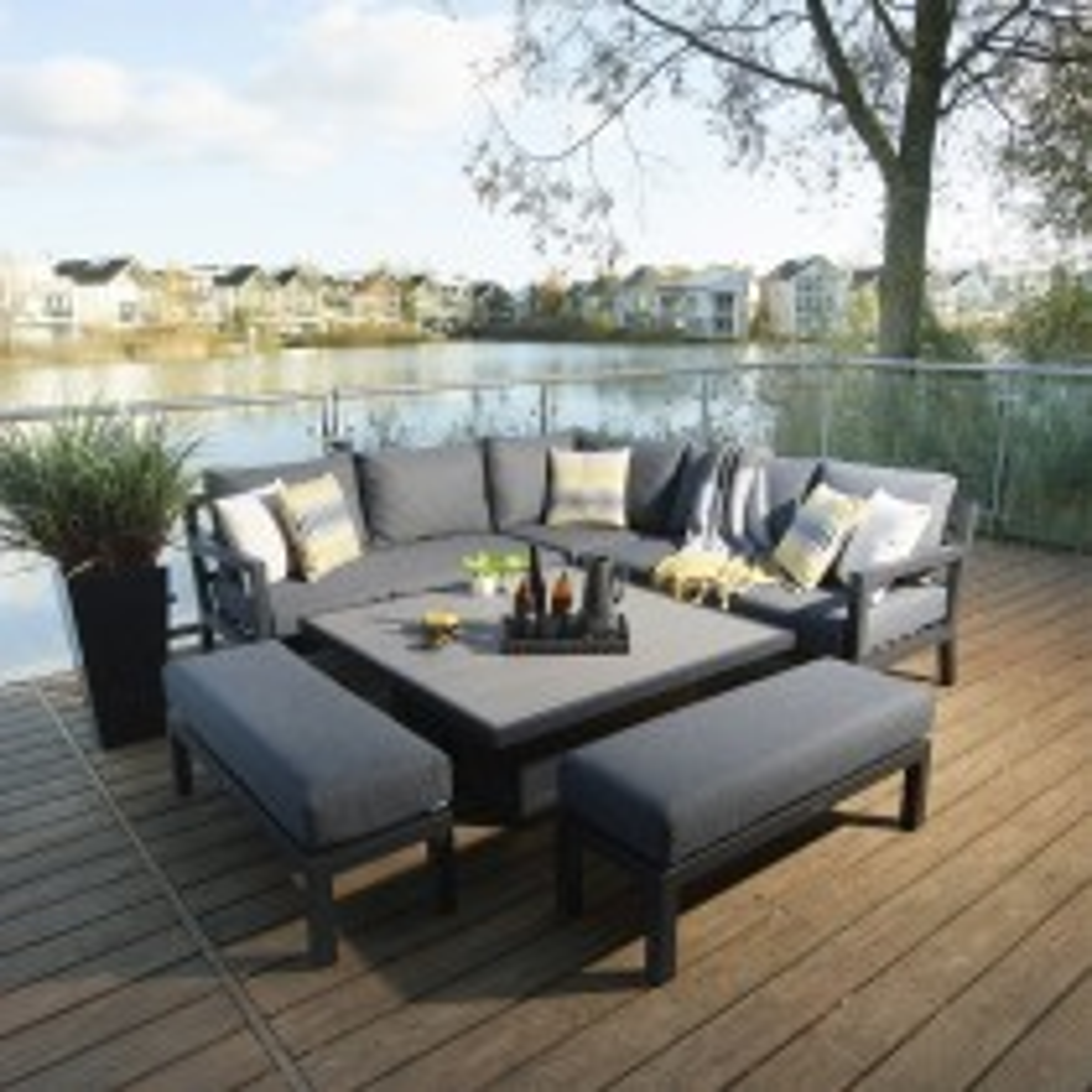 Bramblecrest La Rochelle Square Modular Sofa Set