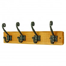 Headbourne 4 Rustic Iron Hat And Coat Hooks On A Pine Board