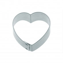 Kitchencraft 7.5cm Heart Shaped Metal Cookie Cutter