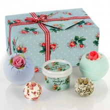 Bomb Cosmetics Petal Perfect Gift Set