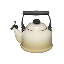 Le Creuset Traditional Kettle, Almond