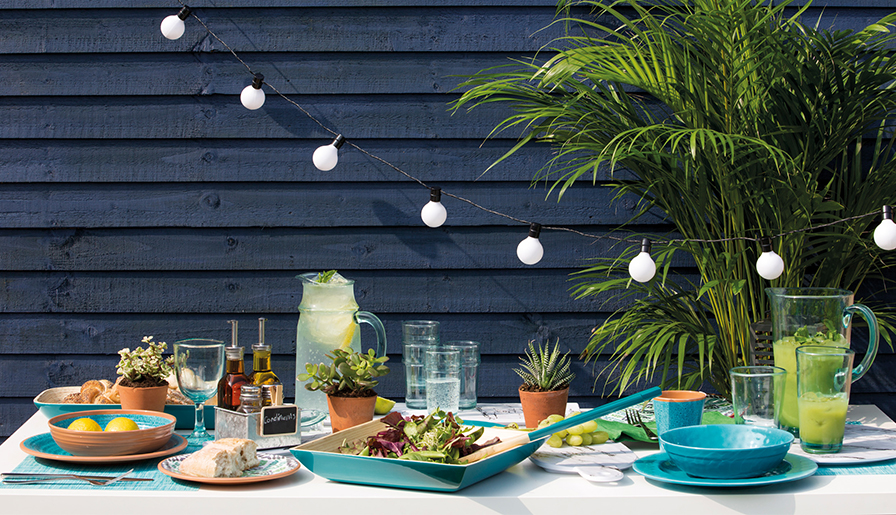 Summer Dining in Style