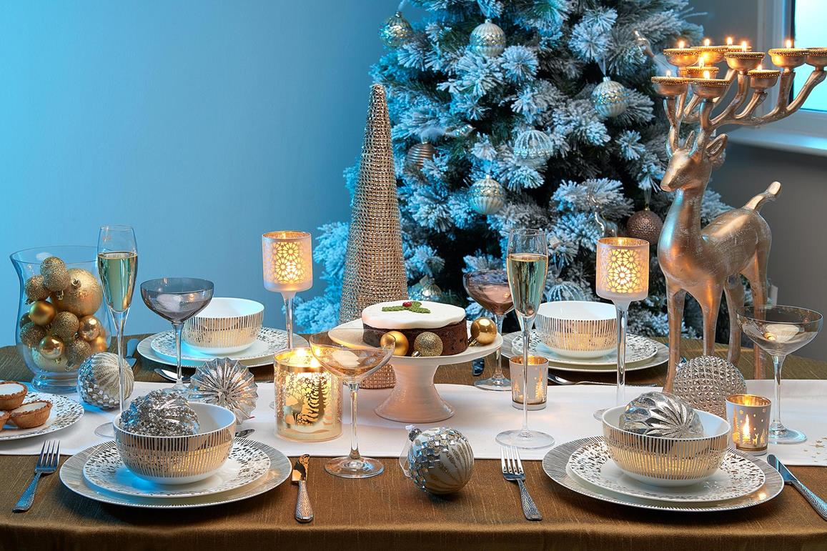 Top 10 Tips on How to Dress your Christmas Table