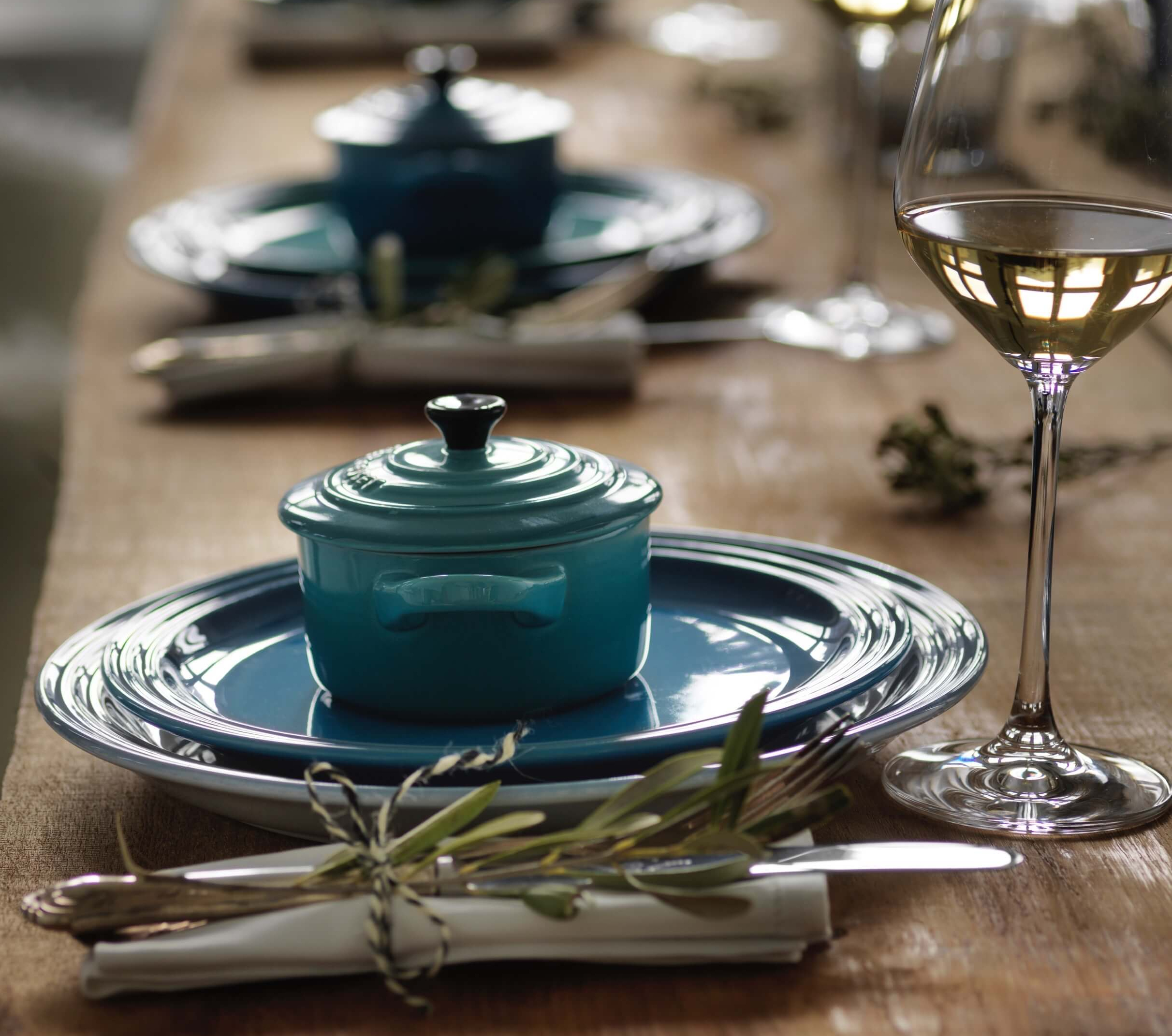 How to lay the perfect Christmas table